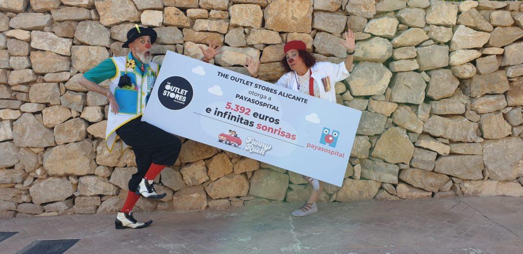 Foto de Cheque The Outlet Stores Alicante Payasospital